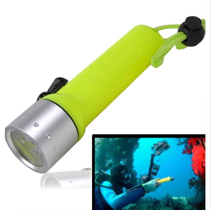 Taucherleuchte, Taucherlampe, Tauchen Taschenlampe, T6 LED, bester Preis, Gadgets, Gadget, Gadgetwelt, Outdoor, wasserdichte Taschenlampe, günstig kaufen