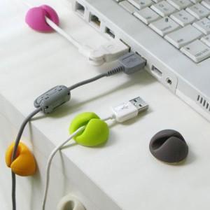 Selbstklebende Kunststoff-Klemmen für USB-Kabel nur 1,14 ...