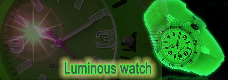 fluoreszierend ihr, armbanduhr beleuchtet