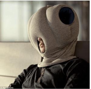 ostrich-pillow-büro-kissen-300x293