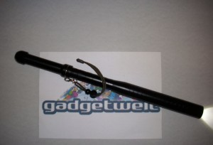 Gadgetwelt Test Schlagstock Taschenlampe günstig Schalter 18650 Li-Ion