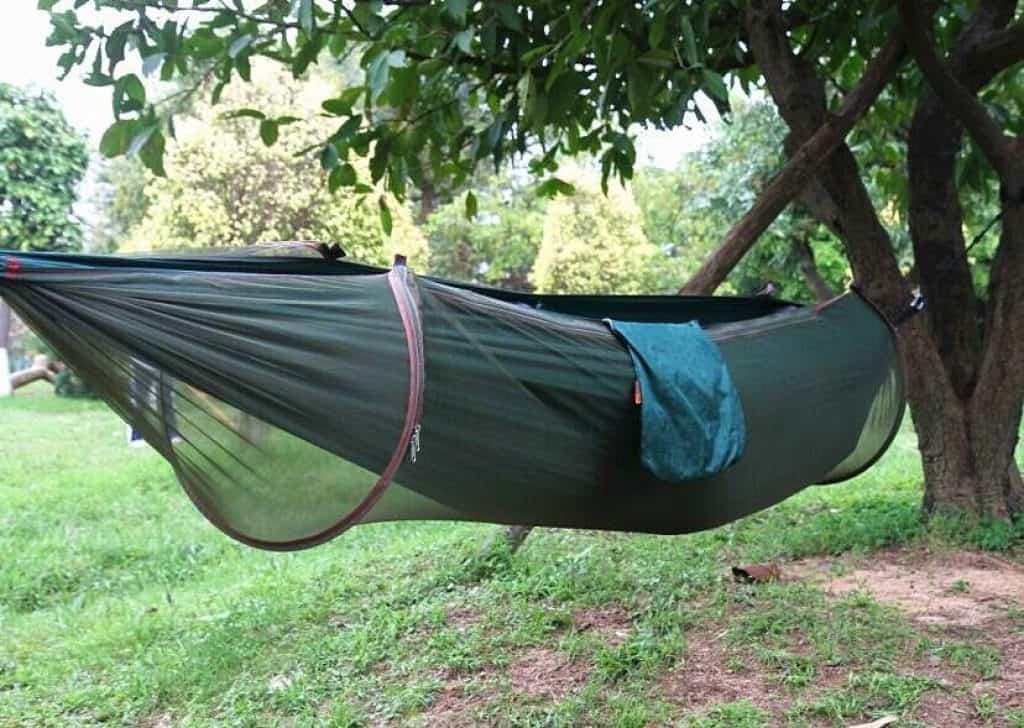 h ngematte mit insektenschutznetz belastbar bis 200kg f r nur 24 23 euro gratis versand. Black Bedroom Furniture Sets. Home Design Ideas