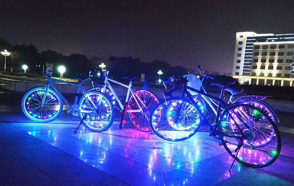 Schön viel Licht! Speichenbeleuchtung mit 20 LED! › Gadgetwelt.de
