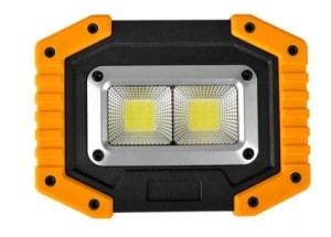 XANES LED COB Akku-Flutlicht mit Powerbank-Funktion für 8,46 Euro
